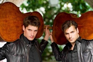 2CELLOS_by Stephan Lupino, foto fornita da Luigi Vignando